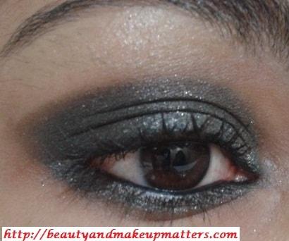 Kareena-Kapoor-Inspired-Eye-Makeup-Tutorial-Greyish-Black-Shimmery-Smokey-Eyes-Look