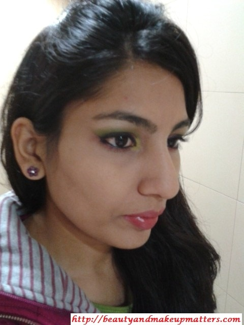 Look-with-Pink-and-Green-Eyes-Using-Inglot-Eye-Shadow