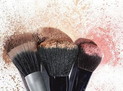 Makeup-Tips-Do-Not-Use-Dirty-Makeup-brushes
