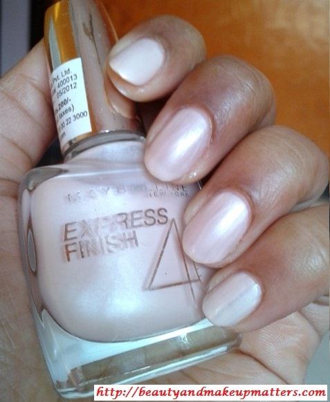 Maybelline-Express-Finish-Nail-Lacquer-So-Natural-Swatch