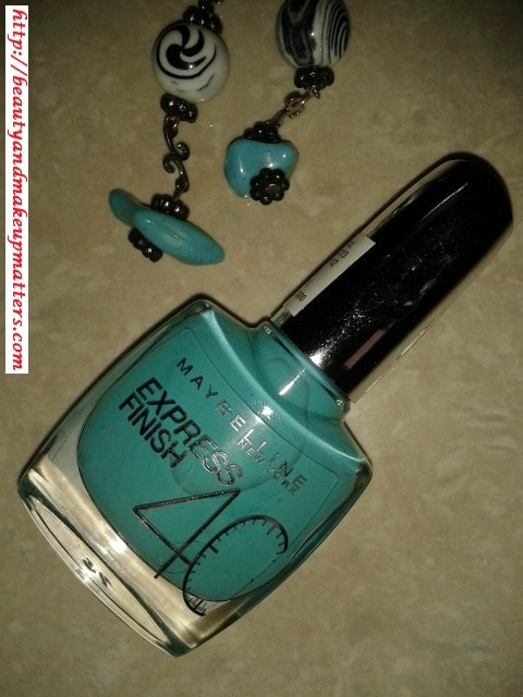 Maybelline-Express-Finish-Nail-Paint-Turquoise-Lagoon