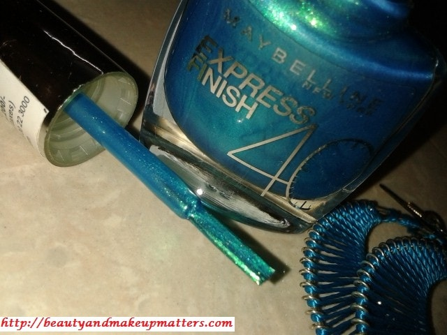 Maybelline-Express-Finish-Turquoise-Green-Nail-Paint