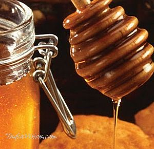 fruit-honey-pack-For-Skin-Rejuvenation