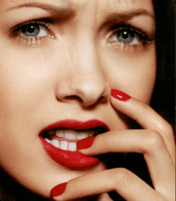 nail-biting-Bad-Beauty-Habits