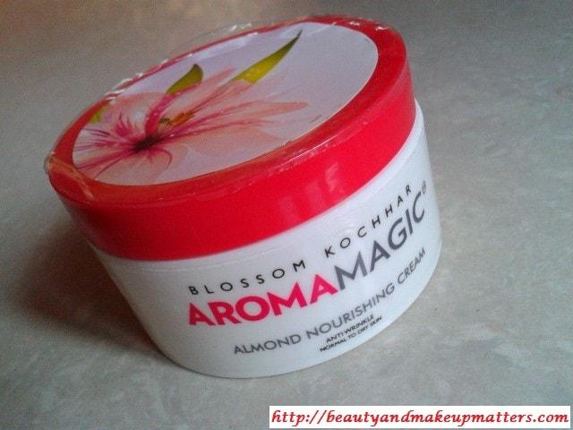 AromaMagic-Almond-Nourishing-Cream-Review
