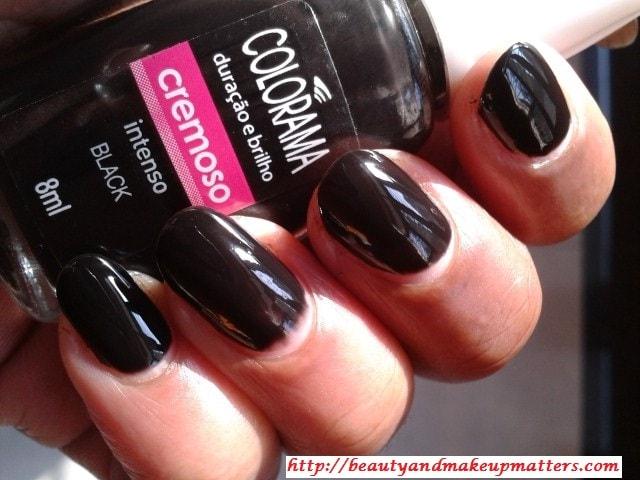 Maybelline-Coloroma-Nail-Enamel-Black-Swatch