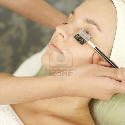 SkinCareTip-ForLongEyeLashes-Brush-EyeLashes