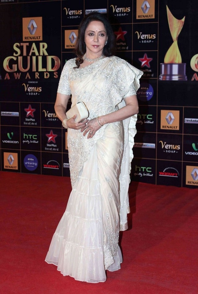 Hema-Malini-At-2013-Renault-Star-Guild-Awards