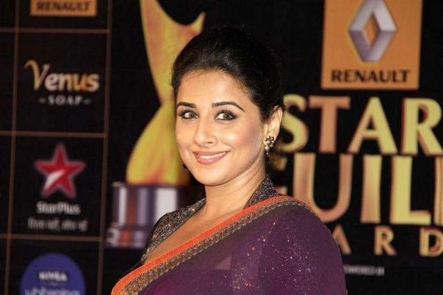 Vidya-Balan-At-2013Renault-Star-Guild-Awards