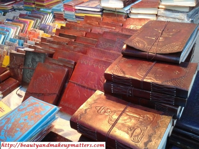 HandMade-Leather-NoteBooks-At-Dilli-Haat