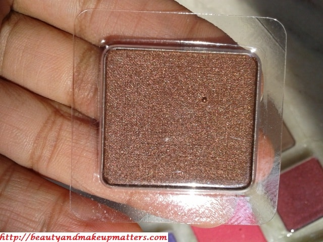 Inglot-Freedom-System-Eye-Shadow-421-Pearl-Review