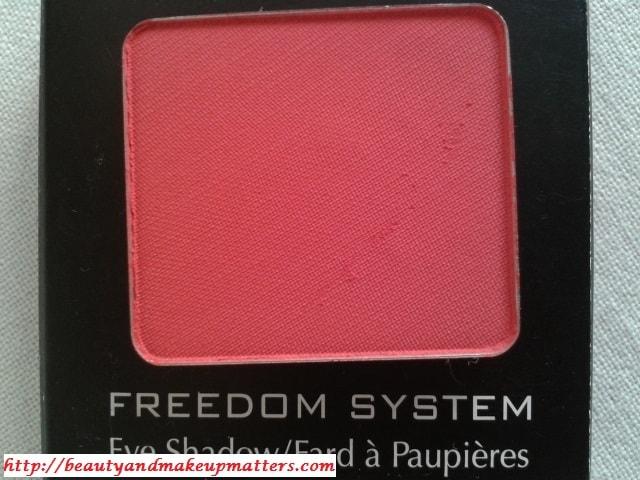 Inglot-Freedom-System-EyeShadow-Matte-382