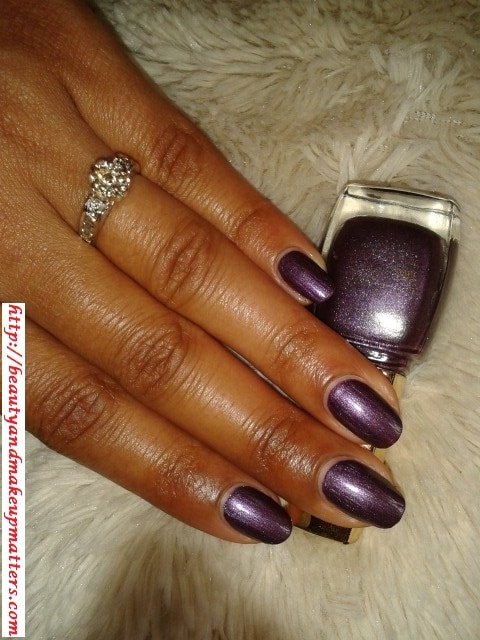 Lakme-True-Wear-Nail-Color-Metallics240-Nails