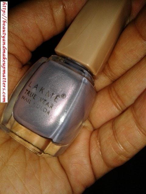 Lakme-True-Wear-NailEnamel-Freespirit-D230Sabhyachi