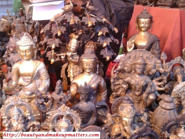 Metal-Images-Of-God-At-Dilli-Haat
