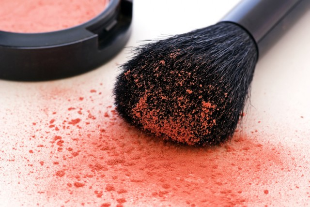 Why Clean Makeup Brushes-ProductDepostion