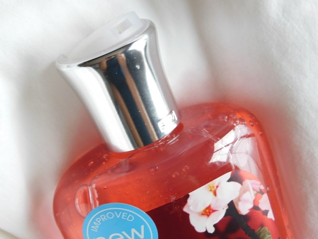 Bath & Body Works Japanese Cherry Blossom Shower Gel Review