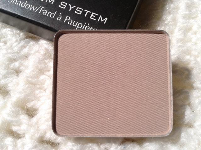 Inglot-Freedom-System-Eye-Shadow-Matte390