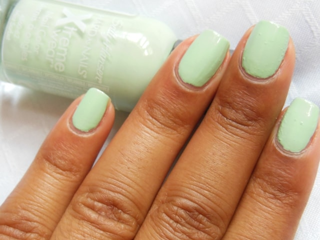 Sally Hansen Hard As Nails Xtreme Wear Nail Color Mint Sorbet NOTD2