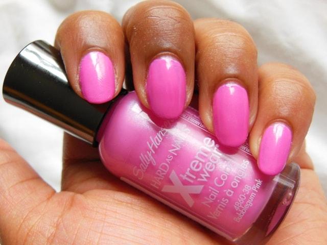 Sally Hansen Xtreme Wear Nail Color Bubblegum Pink Swatch