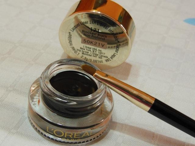 L'Oreal Infallible Lacquer Liner 24hr Eye Liner-Blackest Black