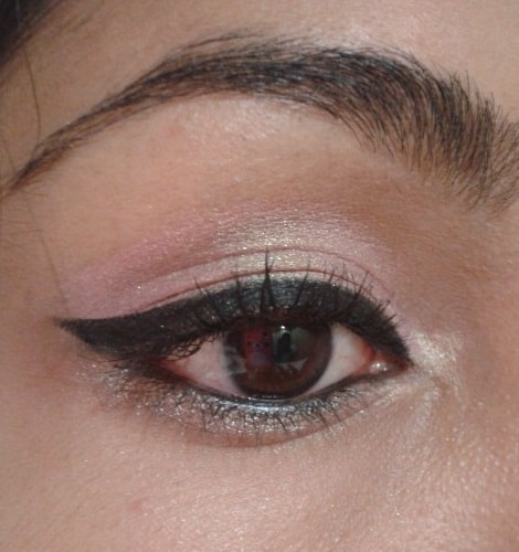 LOreal-Paris-Infallible-Lacquer-Liner-24hr-Eye-Liner-Blackest-Black-EOTD2