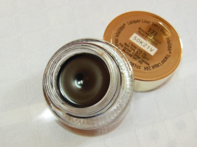 L'Oreal Paris Infallible Lacquer Liner 24hr Eye Liner Blackest Black Review