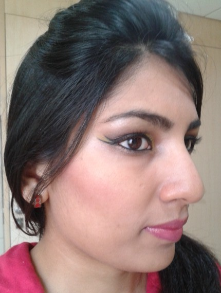 Physician's Formula Happy Booster Glow and Mood Boosting Blush FOTD1