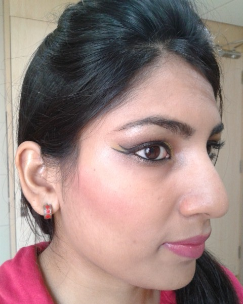 Physician's Formula Happy Booster Glow and Mood Boosting Blush FOTD2