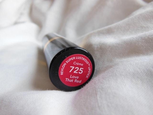 Revlon Super Lustrous Lipstick Love That Red