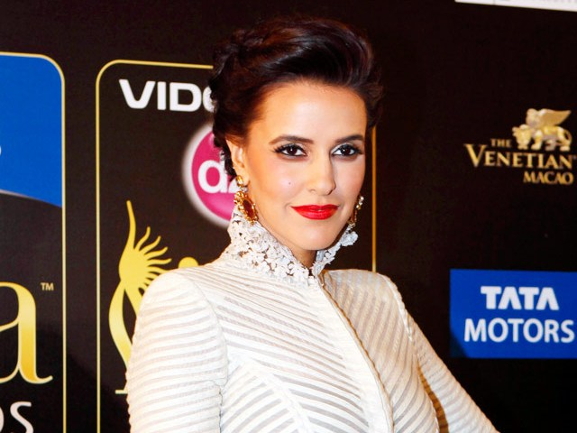 Neha Dhupia -IIFA Awards 2013