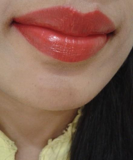 Revlon Super Lustrous Love That Red Lipstick LOTD