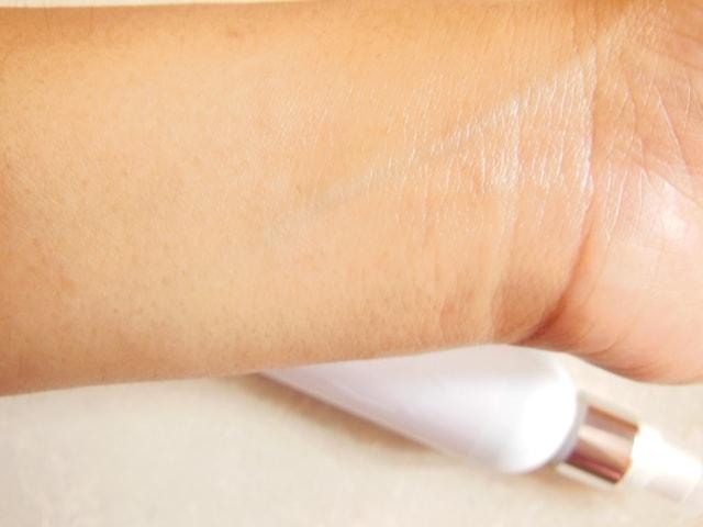 Votre Pore Shrink Toner Swatch