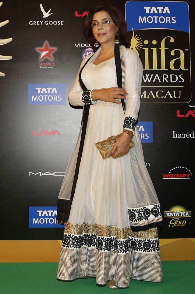 Zeenat Aman @ IIFA Awards 2013