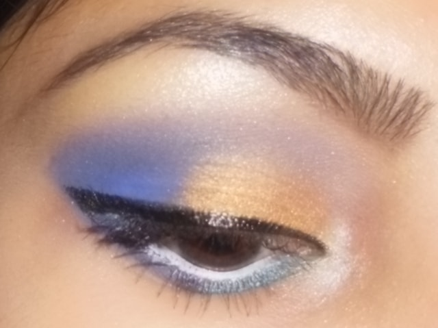 Purple and Gold Eye Makeup Look1