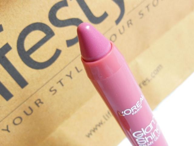 L'Oreal Paris Glam Shine Lip Crayon Peach Pleasure 912 Review