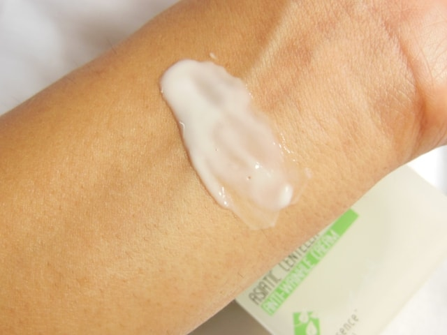 The Nature's Co. Asiatic Centella Anti-Wrinkle Cream Swatch