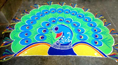 vibrant-peacock-design-rangoli