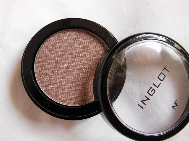 Inglot 425 Pearl Eye Shadow Review