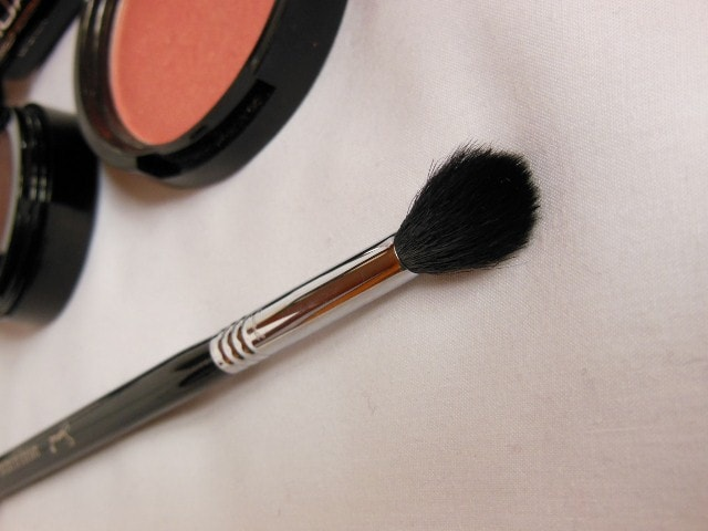 Sigma Eye Makeup E40 Tapered Blending Brush Review