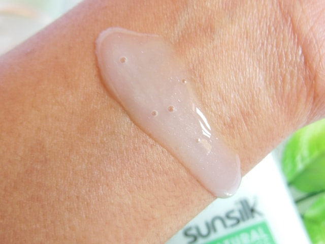 Sunsilk Natural Recharge Paraben Free Shampoo Swatch