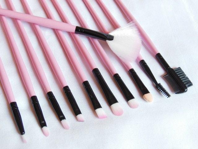 TMart 22 Piece Brush Set - Eye Makeup Brushes