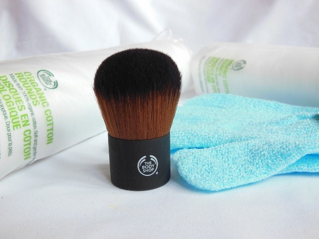 February Makeup Haul- The Body Shop Kabuki Brush