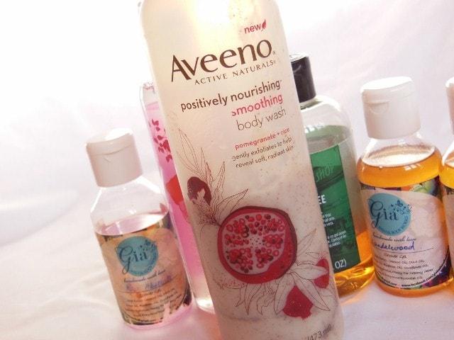 Raining Shower Gels - Aveeno Positively Nourishing Body Wash