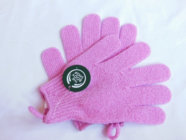 The Body Shop Exfoliation Gloves