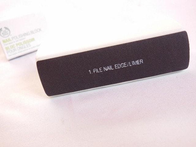 The Body Shop Nail Polishing Block Step 1 Nail File Edge
