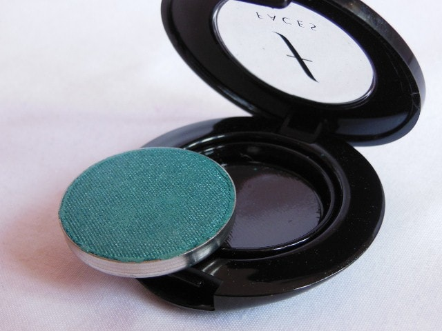 Faces Canada Eye Shadow Turquoise Blue Packaging