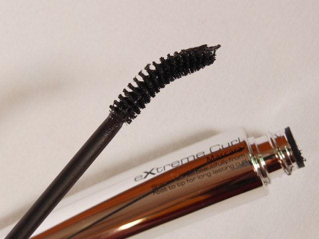 MAkeup Academy MUA Professional Extreme Curl Mascara Black Brown Review