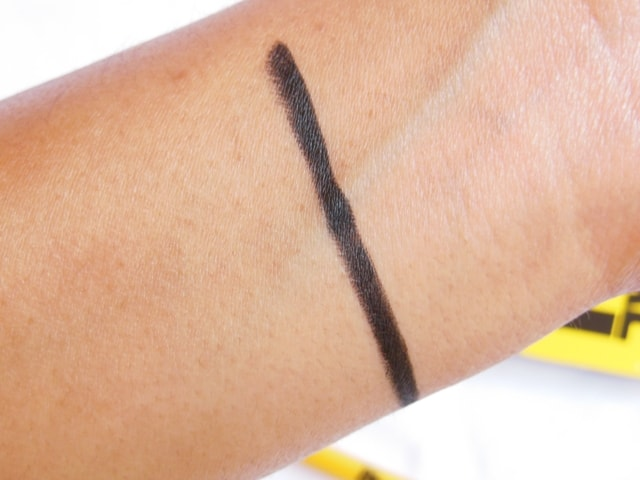 Maybelline New York Colossal Kajal Black 12Hr formula Swatch2