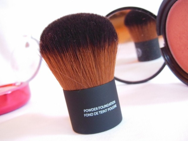 The Body Shop Powder Foundation Brush Review
